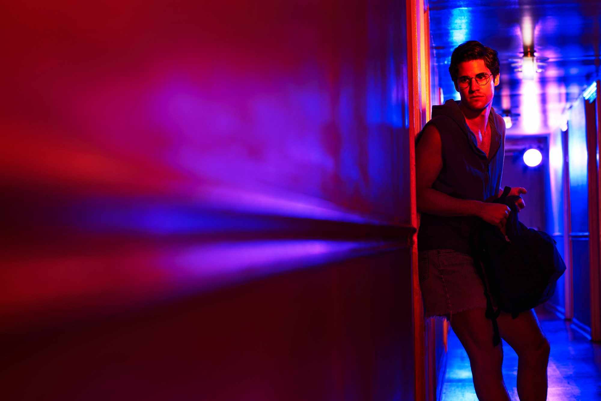 WARNING: Embargoed for publication until 00:00:01 on 20/02/2018 - Programme Name: The Assassination of Gianni Versace: American Crime Story - TX: n/a - Episode: The Assassination of Gianni Versace: American Crime Story (No. 1) - Picture Shows:  Andrew Cunanan (DARREN CRISS) - (C) © 2018 Fox and its related entities. All rights reserved. - Photographer: unknown/FX