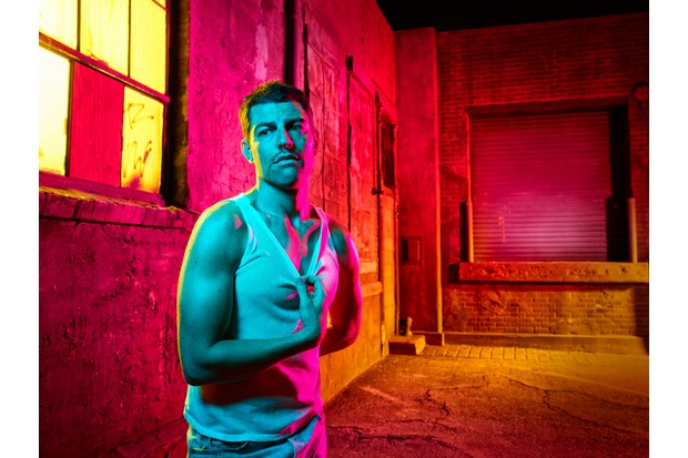WARNING: Embargoed for publication until 00:00:01 on 20/02/2018 - Programme Name: The Assassination of Gianni Versace: American Crime Story - TX: n/a - Episode: The Assassination of Gianni Versace: American Crime Story (No. 1) - Picture Shows: Ronnie (MAX GREENFIELD) - (C) © 2018 Fox and its related entities. All rights reserved. - Photographer: unknown/FX