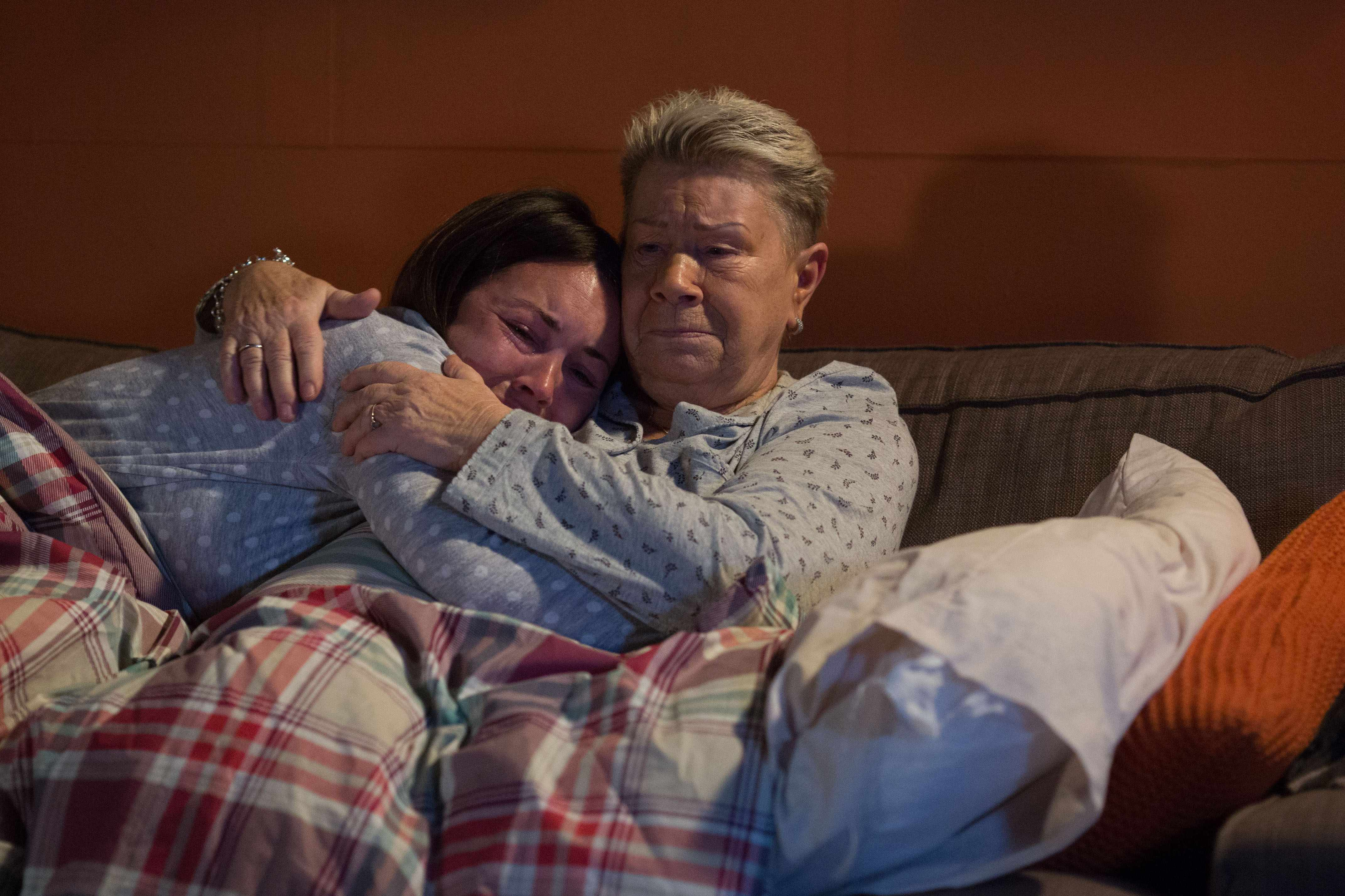 WARNING: Embargoed for publication until 00:00:01 on 13/03/2018 - Programme Name: EastEnders -January-April 2018 - TX: 19/03/2018 - Episode: EastEnders - January-April 2018 - 5674 (No. 5674) - Picture Shows: *STRICTLY NOT FOR PUBLICATION UNTIL 00:01HRS TUESDAY 13th MARCH 2018* Mo tells Stacey what happened.  Stacey Fowler (LACEY TURNER), Mo Harris (LAILA MORSE) - (C) BBC - Photographer: Jack Barnes