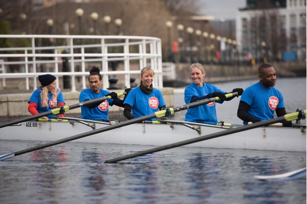 Ellie Harrison, Dev Griffin, Sara Cox, Sophie Raworth, Rory Reid rowing for Sport Relief (BBC, EH)