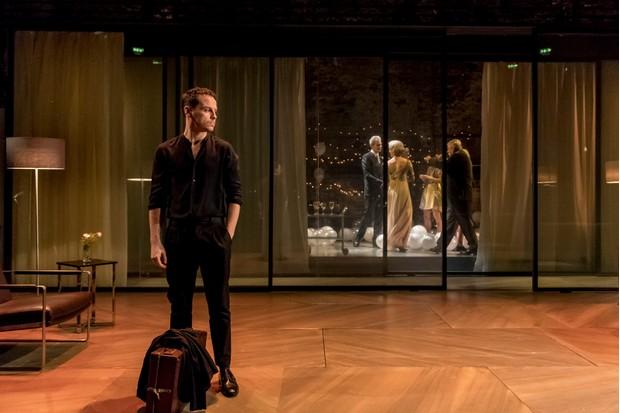 Andrew Scott as Hamlet in the Almeida Theatre production directed by Robert Icke (Almeida Theatre / Photographer: Manuel Harlan, JG)