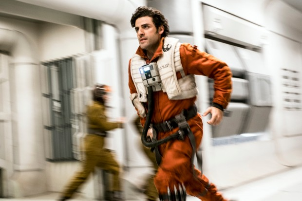 Star Wars: The Last Jedi..Poe Dameron (Oscar Isaac)..Photo: David James..©2017 Lucasfilm Ltd. All Rights Reserved.Disney, SKy Pics, TL
