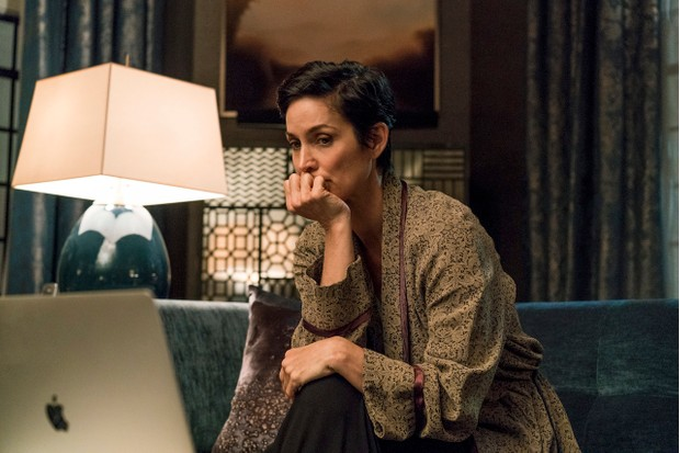 Carrie-Anne Moss in Marvel's Jessica Jones season 2 (Netflix, JG)