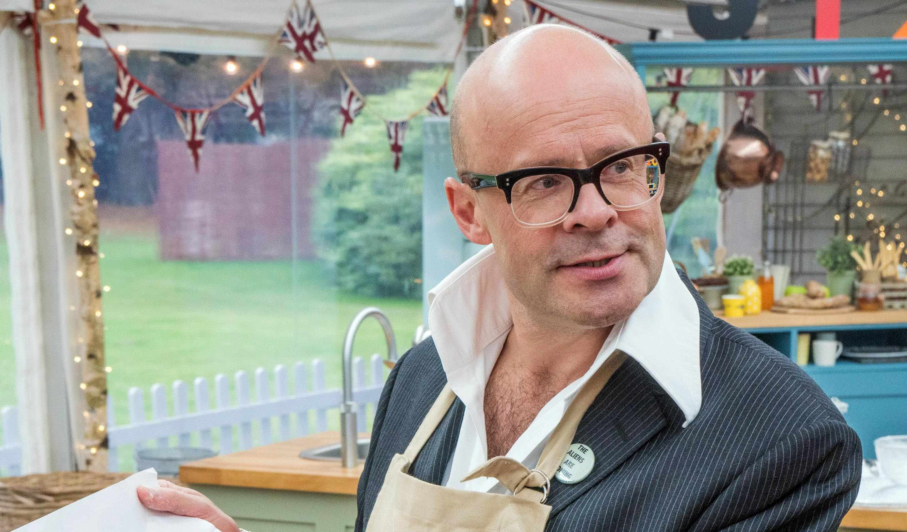 Harry Hill on The Great British Bake Off: Stand To Cancer 2018