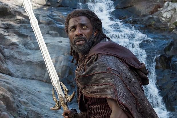 Idris Elba as Heimdall in Thor: Ragnarok (Marvel, HF)