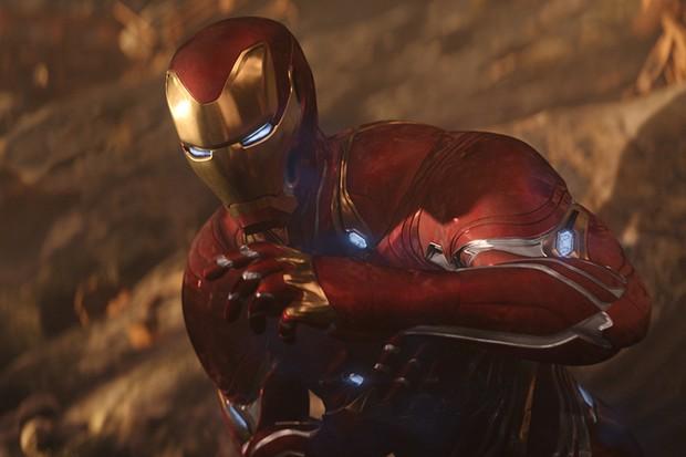 Robert Downey Jr as Iron Man/Ton Stark in Avengers: Infinity War (Marvel, HF)