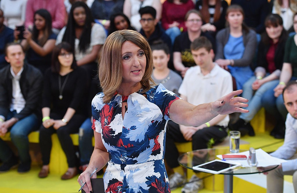 """GLASGOW, SCOTLAND - MAY 26:  Presenter Victoria Derbyshire hosts """"How Should I Vote? - The EU Debate"""" at The Briggait on May 26, 2016 in Glasgow. The BBC's first televised EU referendum debate was held in Glasgow in front of an audience of eighteen to twenty nine year olds and a panel of SNP's Alex Salmond and Labour's Alan Johnson backing staying in the EU while UKIP MEP Diane James and Conservative Liam Fox arguing to leave.  (Photo by Jeff J Mitchell/Getty Images)"""