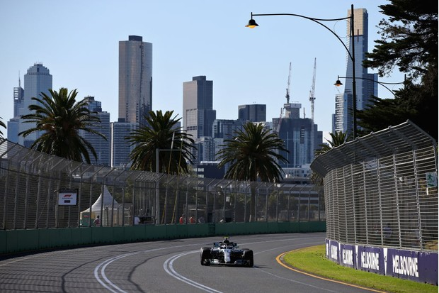 MELBOURNE, AUSTRALIA - MARCH 23: Valtteri Bottas driving the (77) Mercedes AMG Petronas F1 Team Mercedes WO9 on track during practice for the Australian Formula One Grand Prix at Albert Park on March 23, 2018 in Melbourne, Australia. (Photo by Charles Coates/Getty Images)
