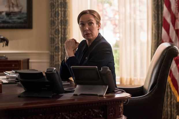 Elizabeth Marvel as President Keane (Channel 4, EH)