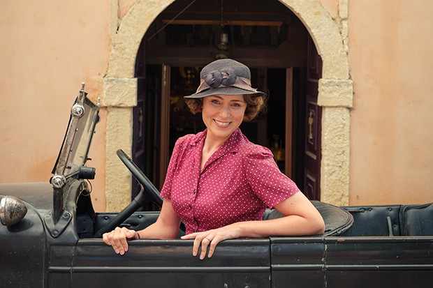 The Durrells - Keeley Hawes as Louisa Durrell