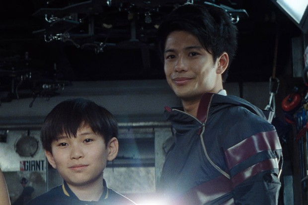 Philip Zhao and Win Morisaki and Sho and Daito in Ready Player One (Warner Bros, HF)