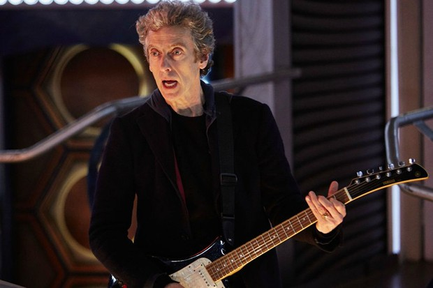 Peter Capaldi plays the guitar in Doctor Who (BBC, HF)