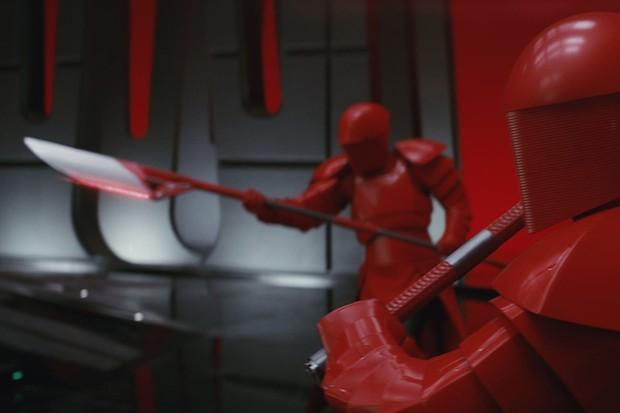 The Praetorian Guards in Star Wars: The Last Jedi (Lucasfilm, HF)