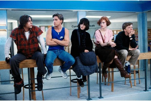 Judd Nelson, Emilio Estevez, Ally Sheedy, Molly Ringwald and Anthony Michael Hall in The Breakfast Club