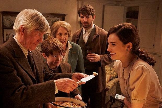 downton abbey cast reunite in the guernsey literary and potato peel