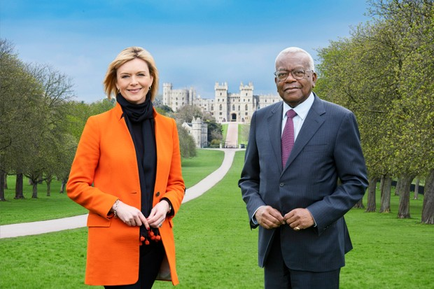 Julie Etchingham and Sir Trevor McDonald on the long walk at Windsor Castle (ITV/FC)