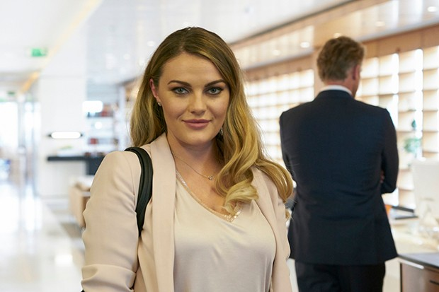 The Split - Chanel Cresswell plays Kelsey Ashworth