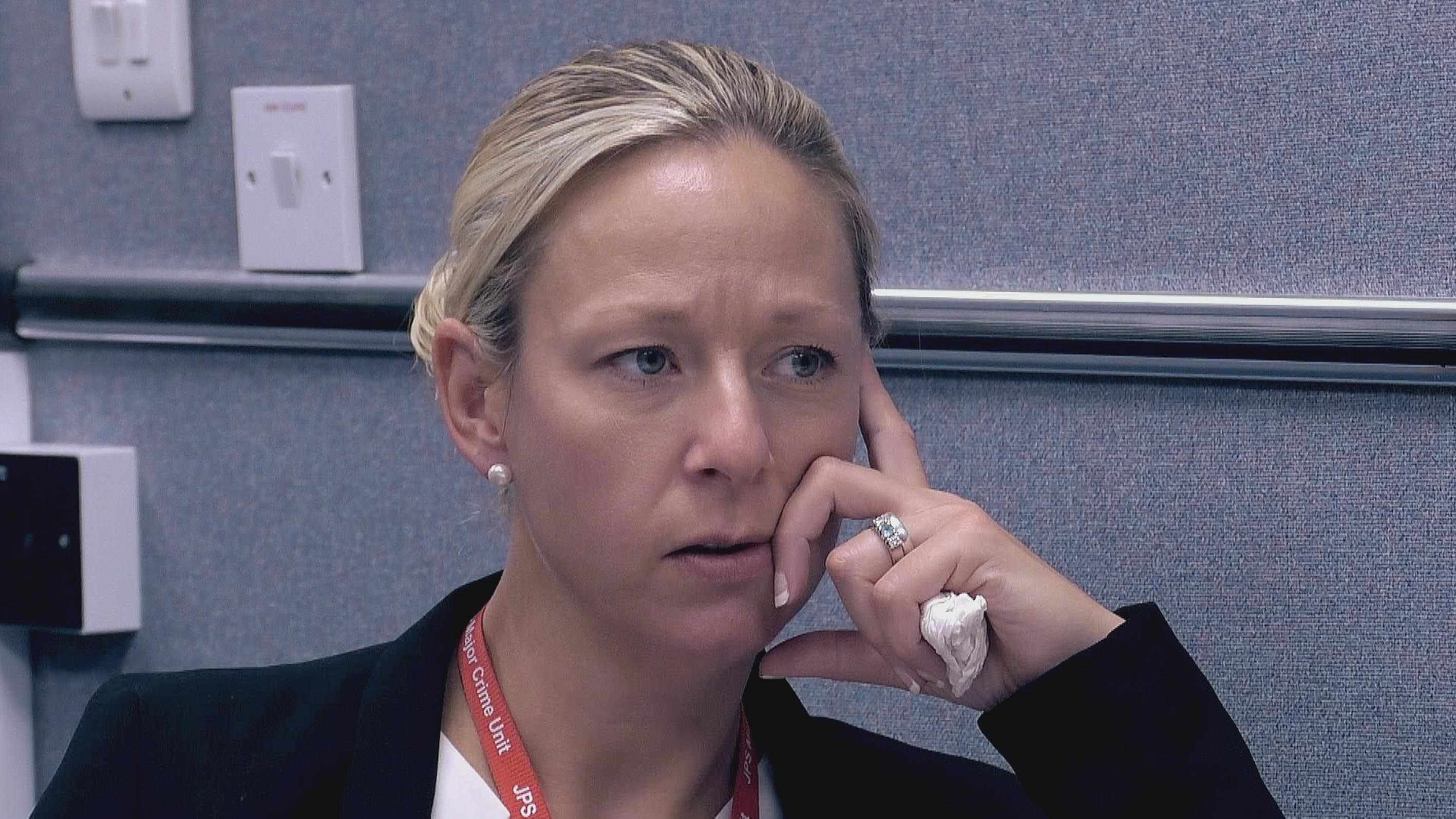 DC Vicki Twyford interviewing Dean Robinson on suspicion of murder (Channel 4)