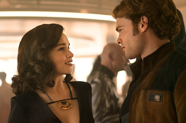 Emilia Clarke is Qi'ra and Alden Ehrenreich is Han Solo in Solo: A Star Wars story (LucasFilm, HF)