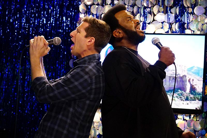Andy Samberg and Craig  Robinson in Brooklyn Nine-Nine (e4, HF)