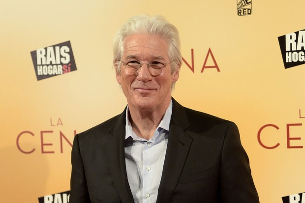MADRID, SPAIN - DECEMBER 11:  Richard Gere attends the 'La Cena' (The Dinner) premiere at the Capitol cinema on December 11, 2017 in Madrid, Spain.  (Photo by Fotonoticias/Getty Images)