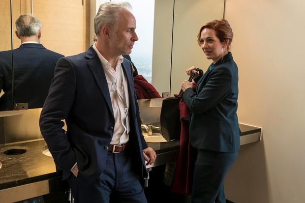 Neil (Mark Bonnar) and Laura (Katherine Parkinson), Humans (Channel 4)