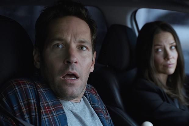 Paul Rudd as Scott Lang/Ant-Man and Evangeline Lilly as Hope Van Dyne/The Wasp (Marvel, HF)