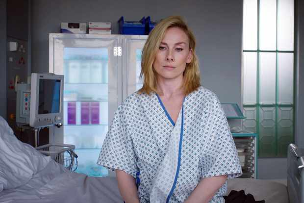 15907866-high_res-holby-city-series-20