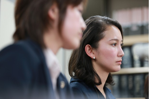 Shiori Ito with her lawyer, at the press conference in which she accused Noriyuki Yamaguchi of raping her (BBC)