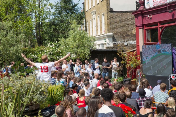 Fans watch the England v Panama match in a pub in London (Getty)