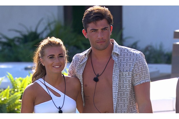 Jack Fincham and Dani Dyer on Love Island 2018