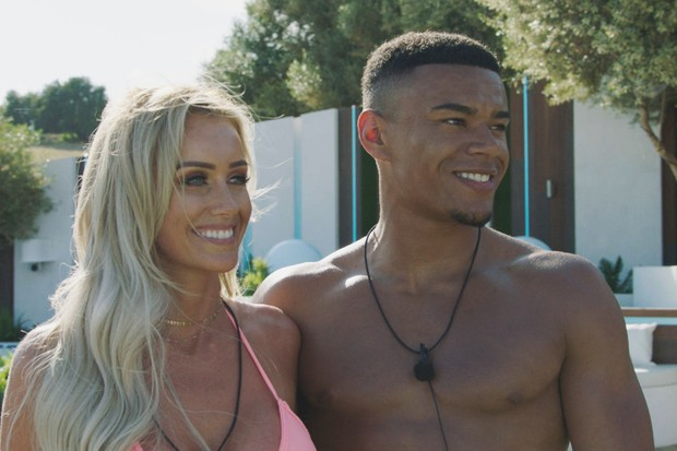 Laura Anderson and Wes Nelson on Love Island 2018