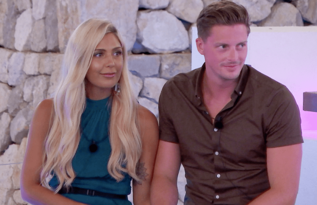 Alex and Grace - Love Island