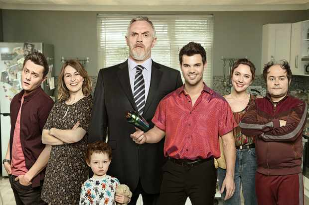 Programme Name: Cuckoo S4 - TX: n/a - Episode: Generic (No. n/a) - Picture Shows:  Dylan (TYGER DREW-HONEY), Lorna Thompson (HELEN BAXENDALE), Sid (EMILIE & MAISIE DAVIDSON/ZACH & SCOTT DURNFORD), Ken Thompson (GREG DAVIES), Dale Ashbrick (TAYLOR LAUTNER), Rachel Thompson (ESTHER SMITH), Steve Chance (KENNETH COLLARD) - (C) Rough Cut - Photographer: Robert Parfitt