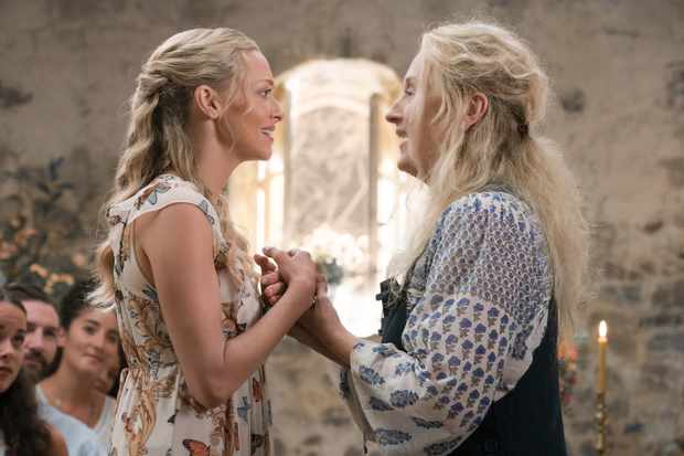 Amanda Seyfried and Meryl Streep, Mamma Mia, Here We Go Again! (Universal, EH)