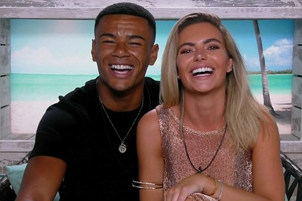Wes Nelson and Megan Barton-Hanson in Love Island (ITV, HF)