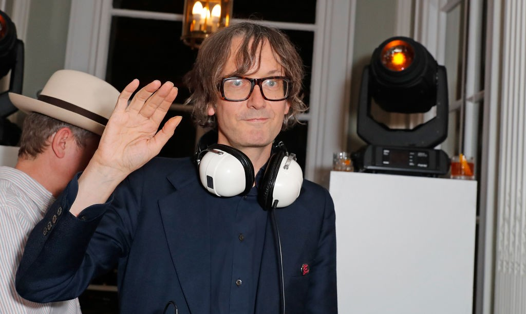 LONDON, ENGLAND - OCTOBER 11: Jarvis Cocker attends the launch of the Esquire Townhouse with Dior at No 11 Carlton House Terrace on October 11, 2017 in London, England.  (Photo by David M. Benett/Dave Benett/Getty Images)