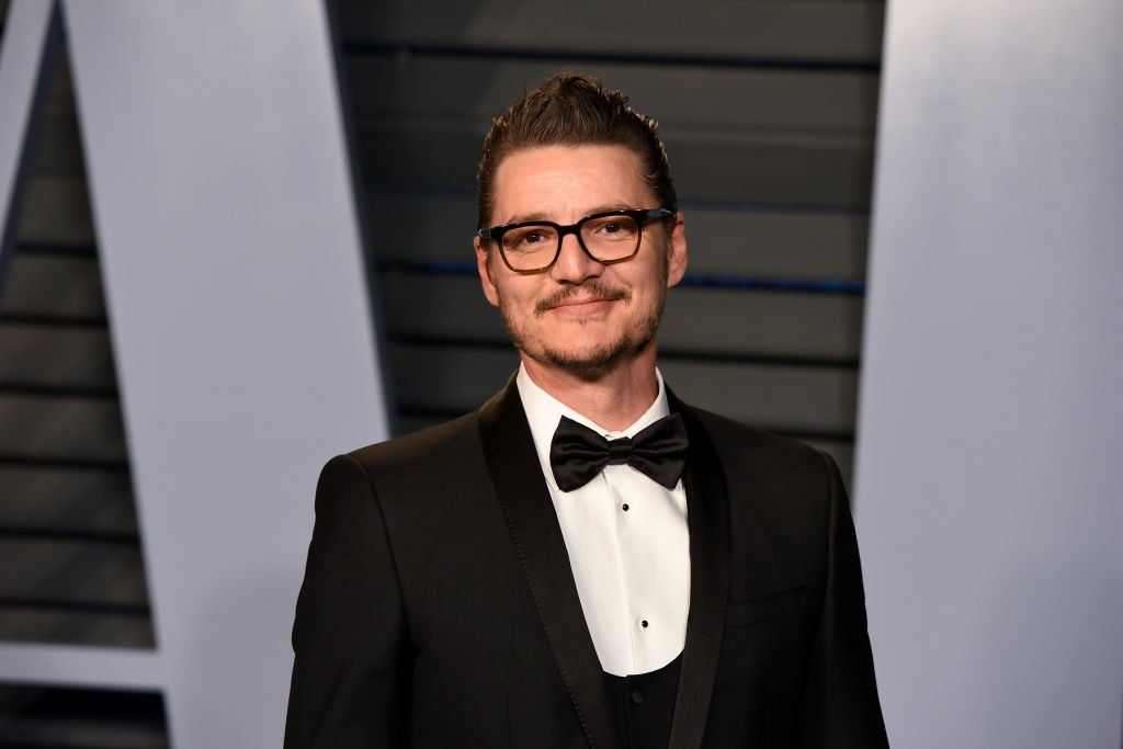 BEVERLY HILLS, CA - MARCH 04:  Pedro Pascal attends the 2018 Vanity Fair Oscar Party Hosted By Radhika Jones - Arrivals at Wallis Annenberg Center for the Performing Arts on March 4, 2018 in Beverly Hills, CA.  (Photo by Presley Ann/Patrick McMullan via Getty Images)