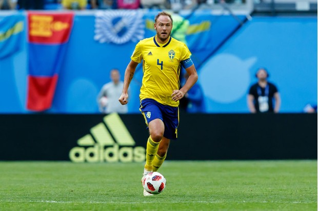 SAINT PETERSBURG, RUSSIA - JULY 03: Andreas Granqvist of Sweden controls the ball during the 2018 FIFA World Cup Russia Round of 16 match between Sweden and Switzerland at Saint Petersburg Stadium on July 3, 2018 in Saint Petersburg, Russia. (Photo by TF-Images/Getty Images)