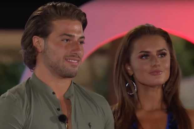 Kem and Amber win Love Island