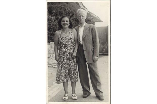 Morris and Lottie on Honeymoon in Cliftonville