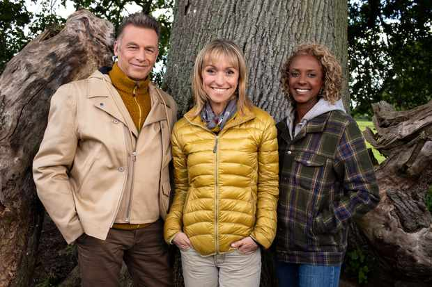 WARNING: Embargoed for publication until 12:00:01 on 28/08/2018 - Programme Name: Autumnwatch - TX: n/a - Episode: n/a (No. n/a) - Picture Shows:  Chris Packham, Michaela Strachan, Gillian Burke - (C) BBC - Photographer: Pete Dadds  TL