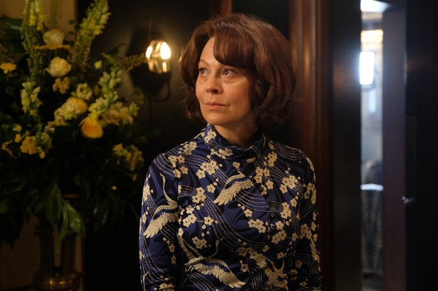 Helen McCrory in MotherFatherSon (BBC, EH)