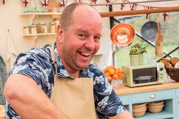 The Great British Bake Off (2018): - Baker Jon Jenkins (BBC, HF)