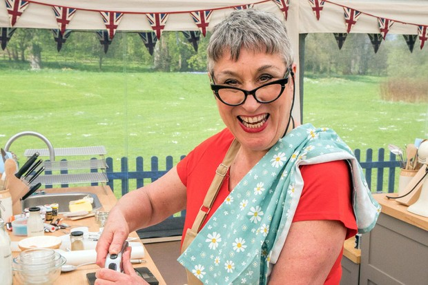 Karen Wright, Bake Off (C4)