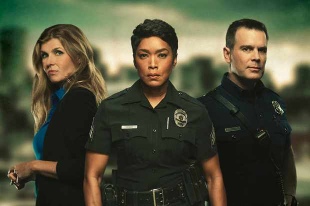 Connie Britton, Angela Bassett and Peter Krause (Sky)