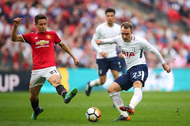 LONDON, ENGLAND - APRIL 21: Ander Herrera of Manchester United and Christian Eriksen of Tottenham Hotspur during The Emirates FA Cup Semi Final match between Manchester United and Tottenham Hotspur at Wembley Stadium on April 21, 2018 in London, England. (Photo by Robbie Jay Barratt - AMA/Getty Images)