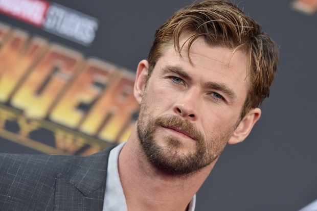 HOLLYWOOD, CA - APRIL 23:  Actor Chris Hemsworth attends the premiere of Disney and Marvel's 'Avengers: Infinity War' on April 23, 2018 in Hollywood, California.  (Photo by Axelle/Bauer-Griffin/FilmMagic)  TL