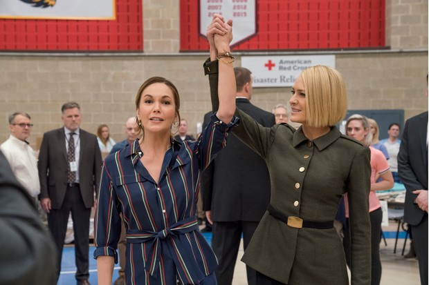 Diane Lane and Robin Wright in House Of Cards Season 6