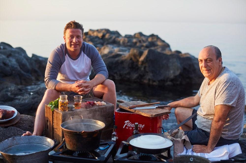 Jamie Cooks Italy (C4)